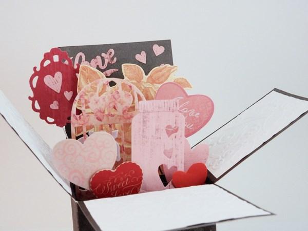 La carte de Saint Valentin pop-up boite