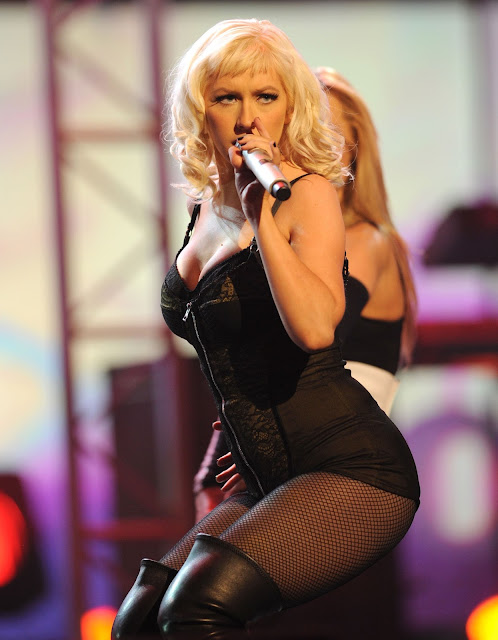 Pictures of Christina Aguilera 43