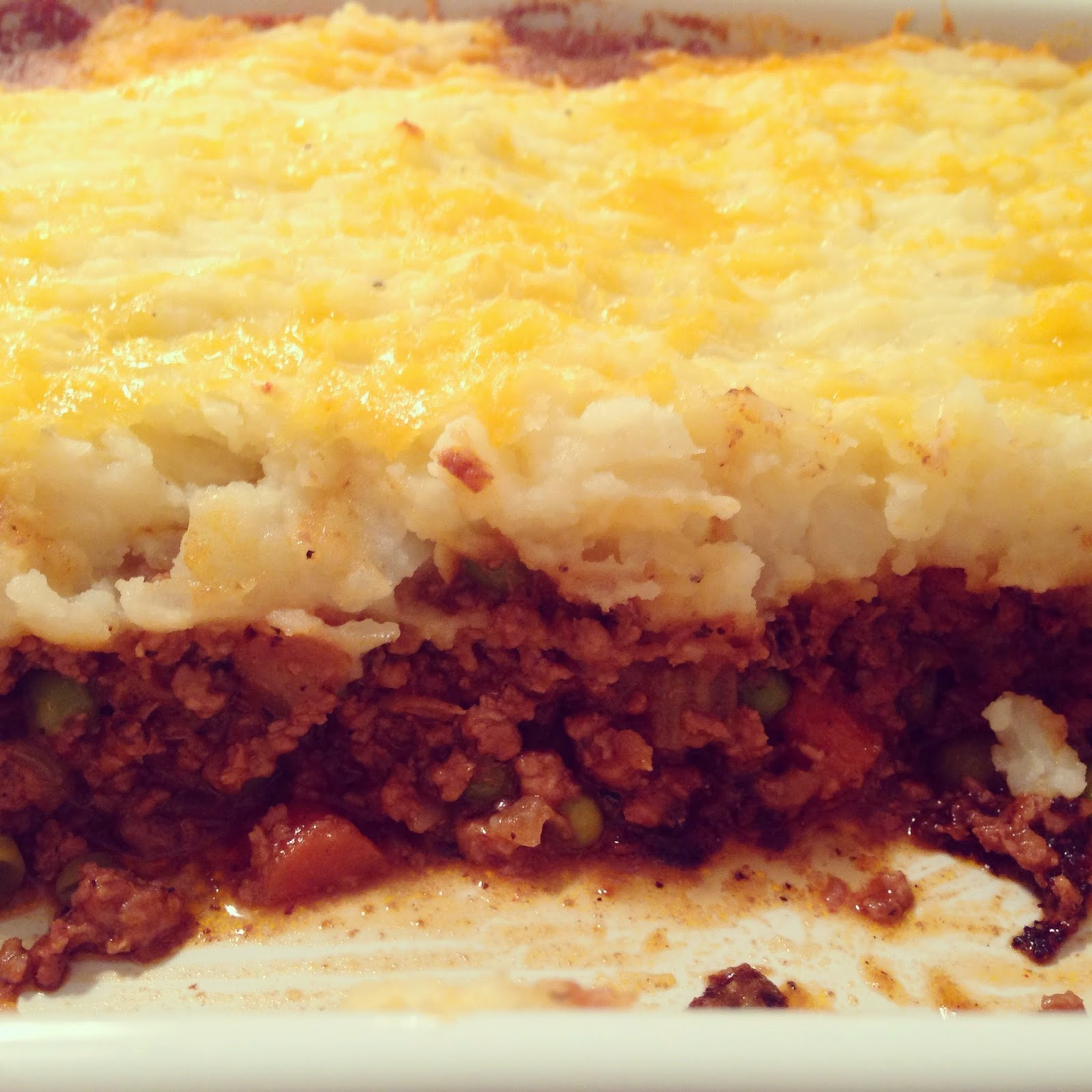 siriously delicious: Cheddar Topped Shepherd's Pie