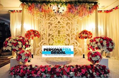 http://www.personafizabridal.com/2012/08/pelamin-1-panel-kerawang-pakej-istimewa.html