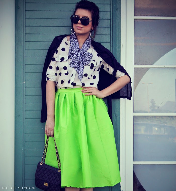 how-to-style-wear-green-skirt-outfit