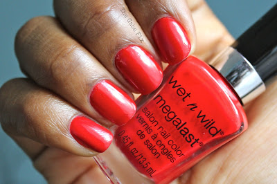 Manicure Monday – I Red A Good Book