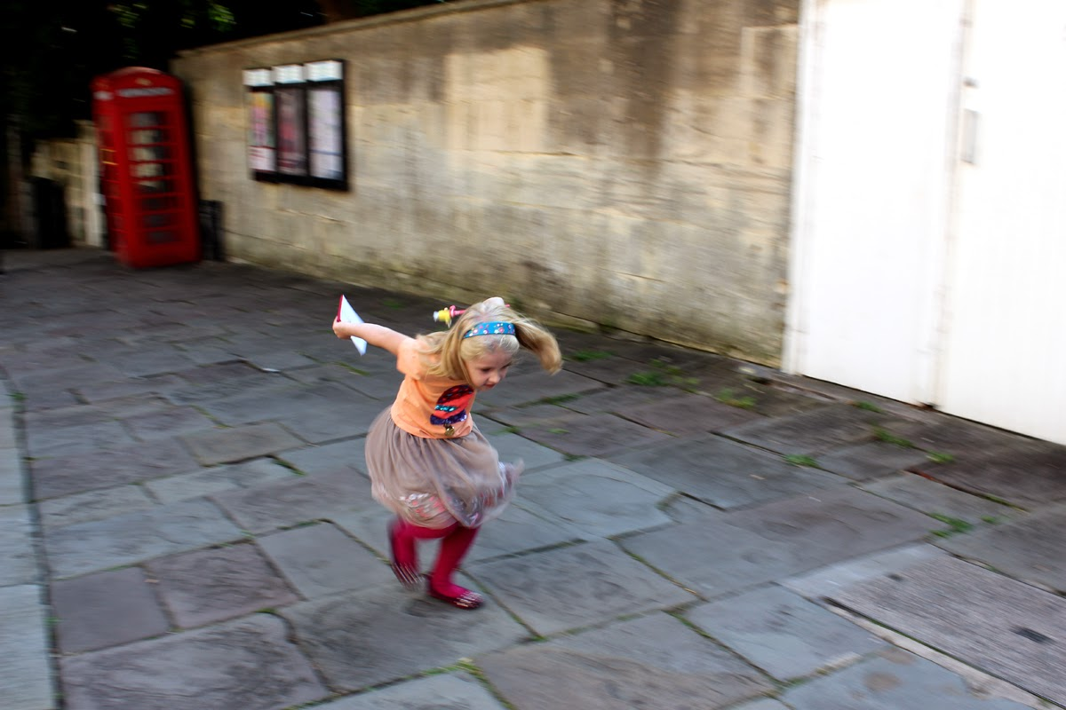 energetic child, bath, city of bath, jane austen, todaymyway.com