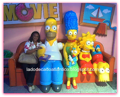 "Stand de fotos no lançamento nos cinemas de ""Simpsons, the movie"" em Lisboa"
