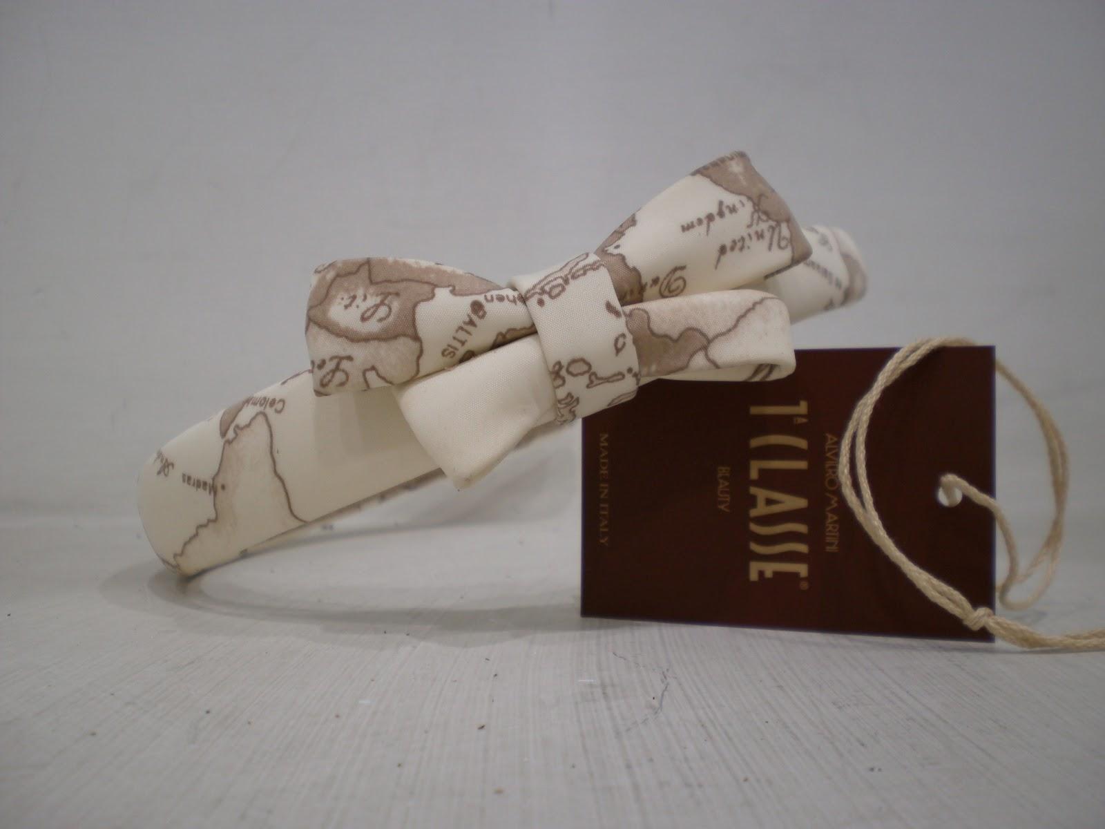 Nuova collezione cerchietti per capelli Alviero Martini prima classe,in  silk,o rodiati,con fiocchi o con strass,la nuova colezione è imperdibile.