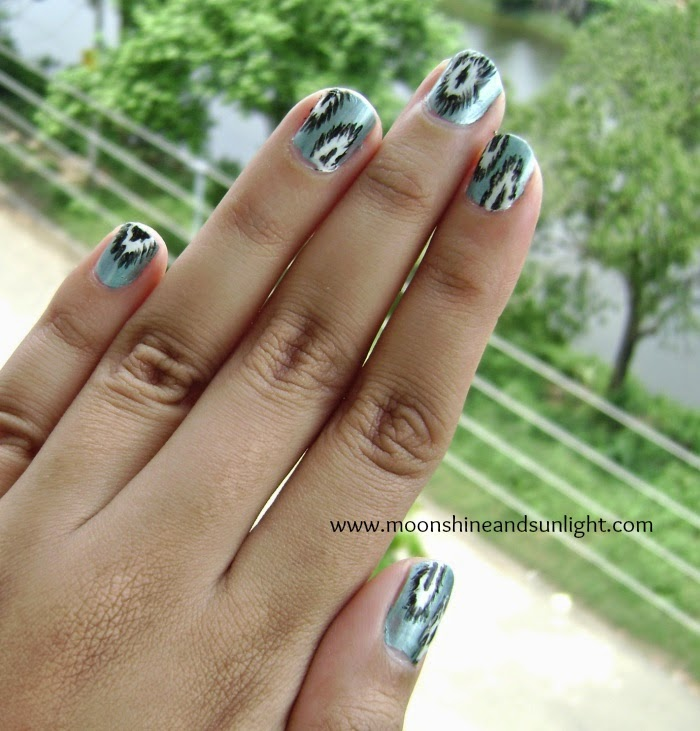 Metallic Ikat nail art | OMD2 Challenge day 13, Indian handloom Ikat