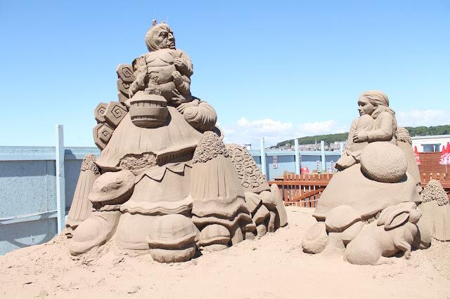 Alice in Wonderland sand sculpture at Weston sand festival 2015