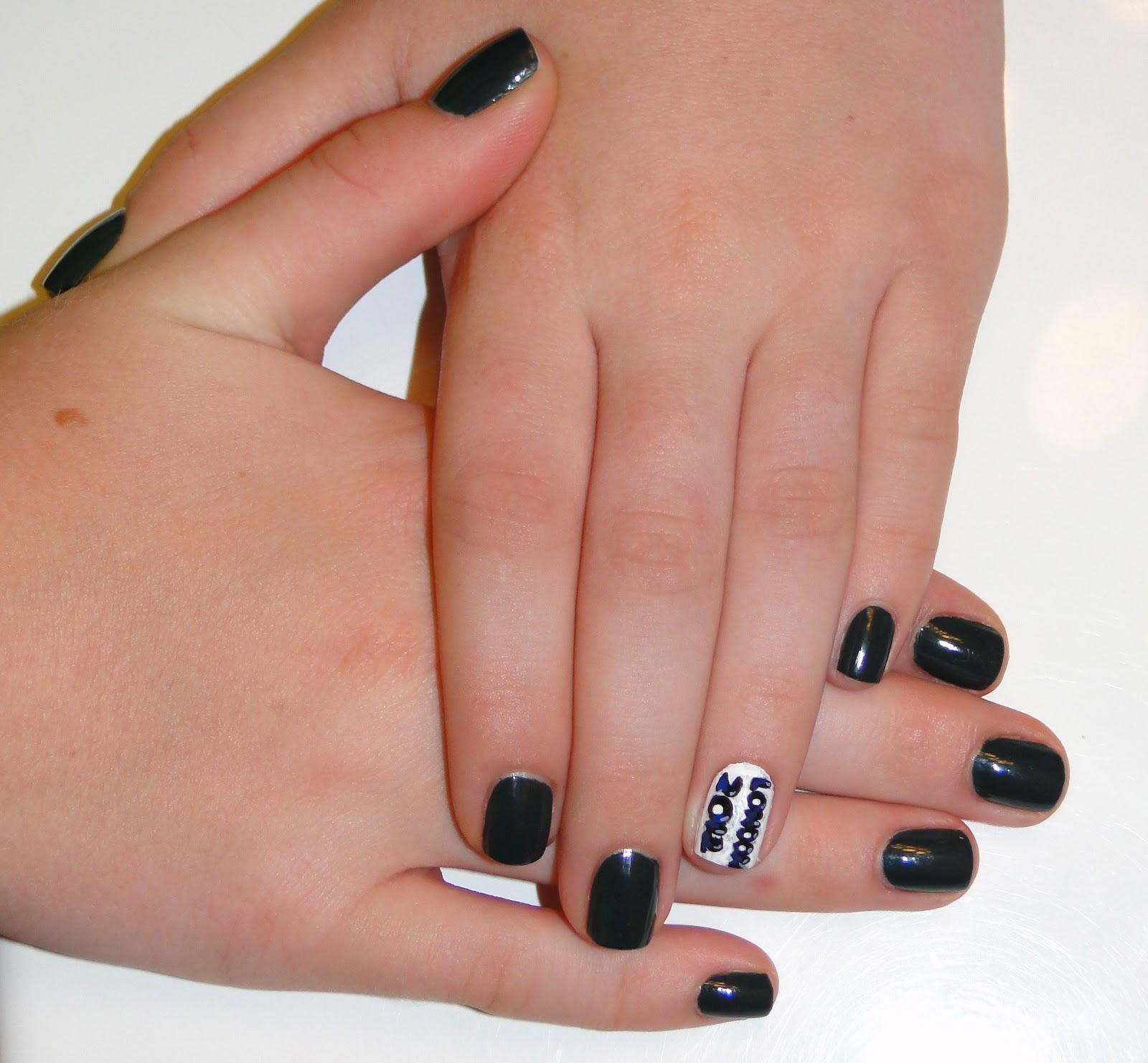 WeeklyWackyNails: London 2012 Nail Art
