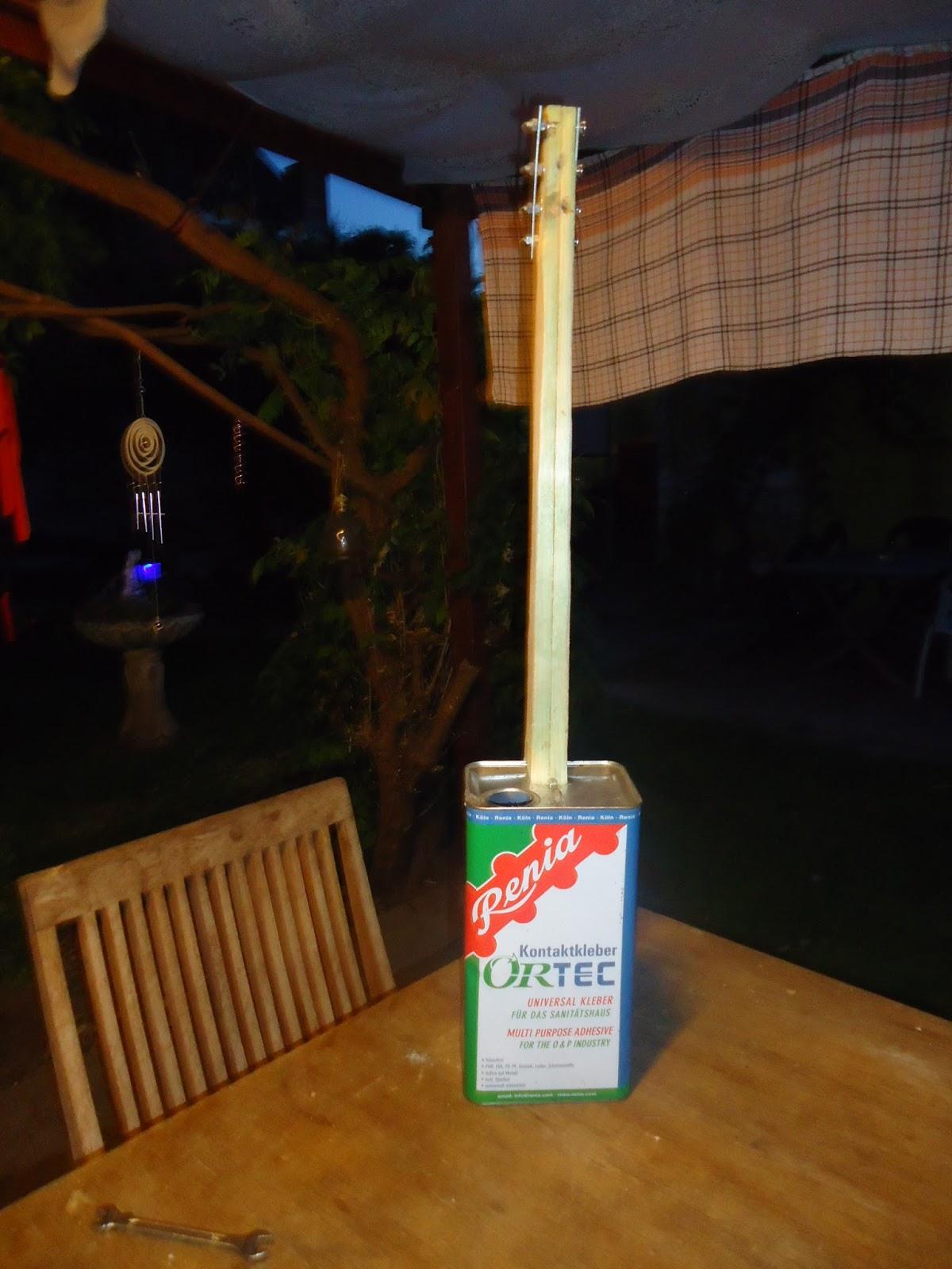 Présentez-nous vos Cigar Box Guitare DSC01991