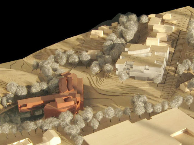 02-Visual-Arts-Building-by-Steven-Holl