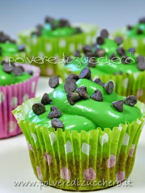 cupcakes anguria: tutorial e ricetta per crea & decora di de agostini
