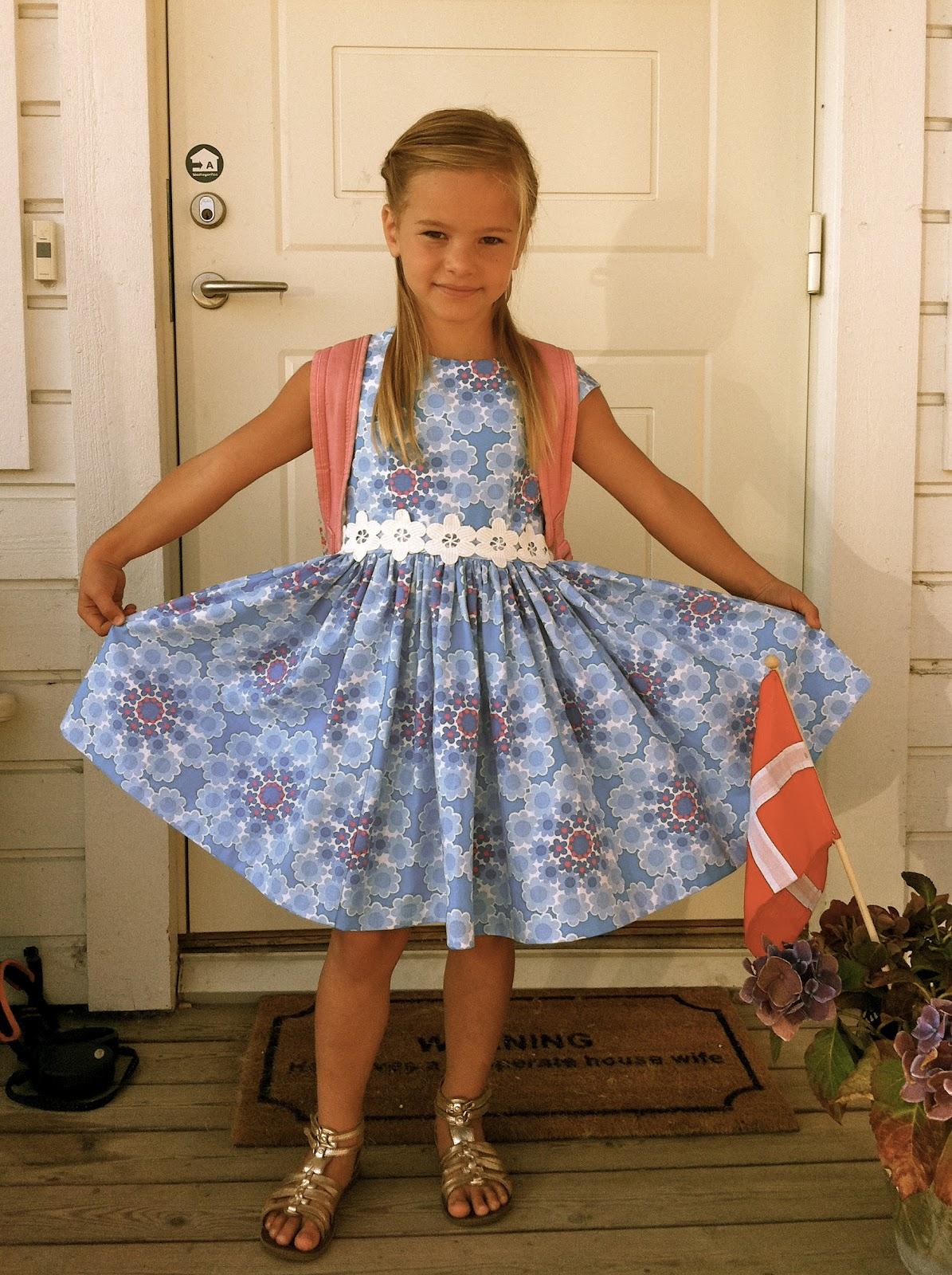 Silja i ny kjole.
