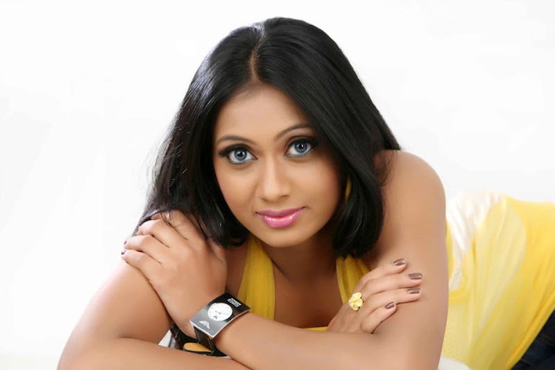 Telugu Actress Udaya Tara Photo Gallery Photoshoot images