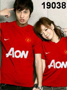 kaos couple bola manchaster united