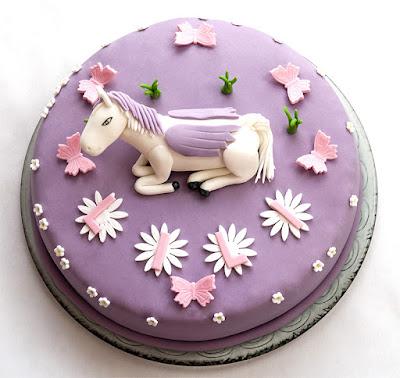 Barbie Pegasus fondant cake