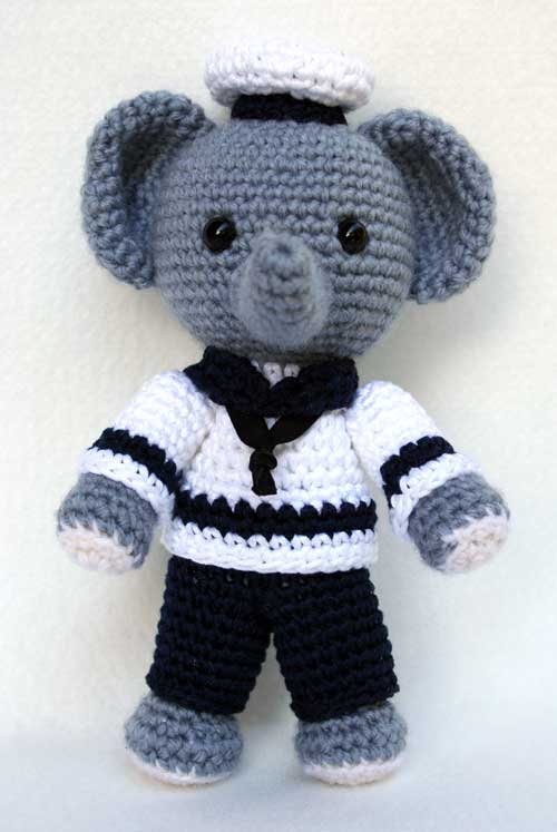 Free Amigurumi Patterns In English : 2000 Free Amigurumi Patterns: Elefante marinaio amigurumi