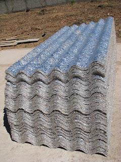Telhas de material reciclado tetra pak