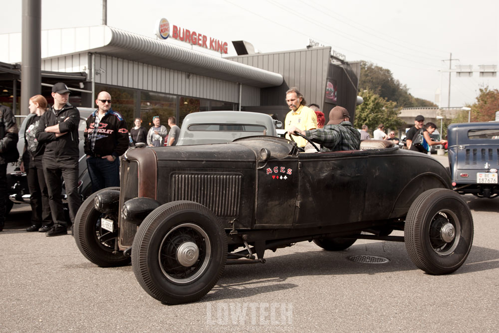 LOWTECH | traditional hot rods and customs : hot rods at the burger king