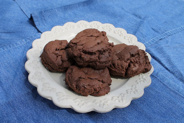 double chocolate cookies with dark chocolate chips
