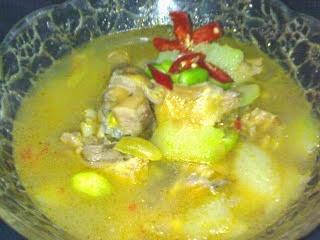Sayur Uyah Asem, kuliner khas Banyuwangi.