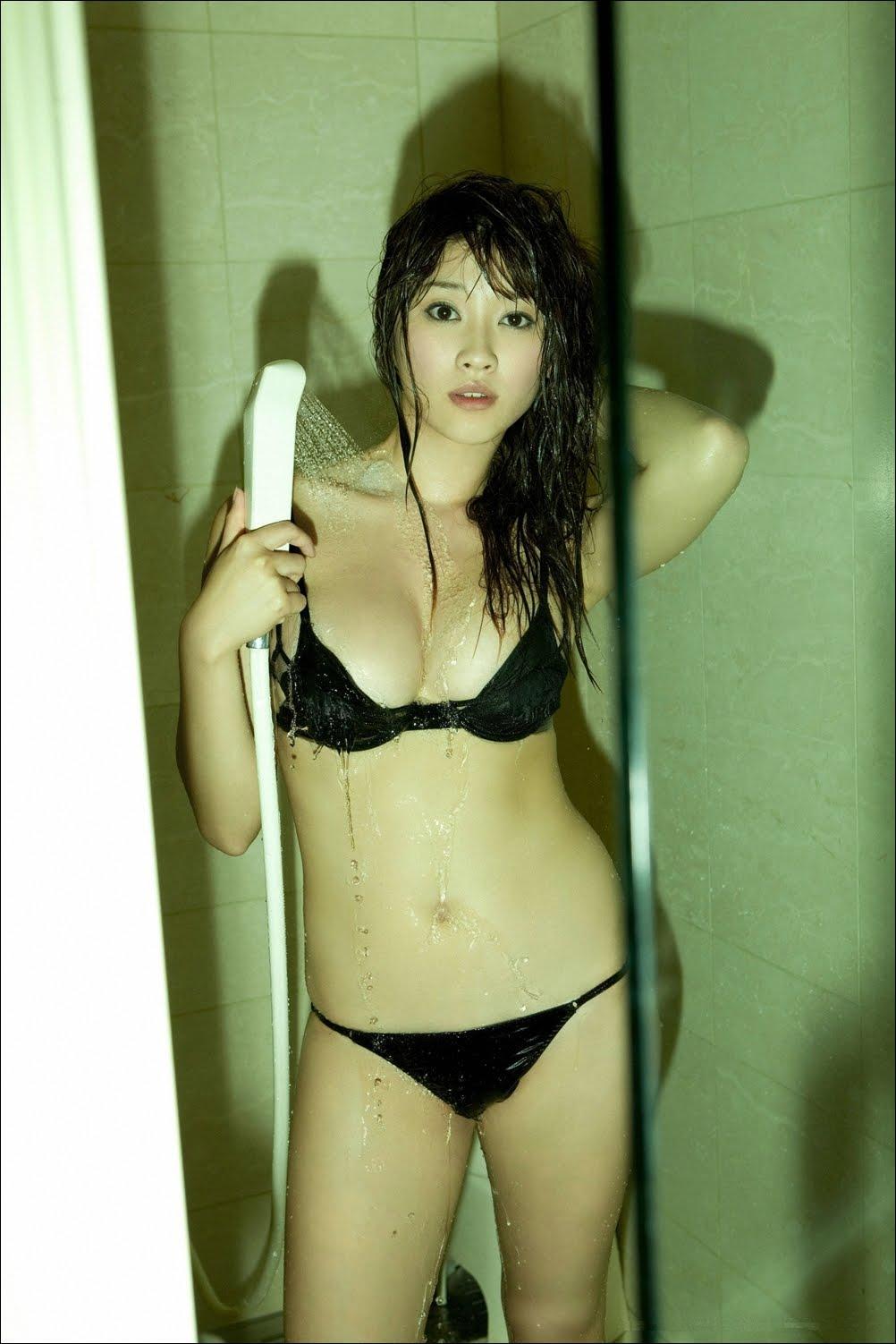 http://1.bp.blogspot.com/-LmnCwkgsYJg/Ths6-fqWACI/AAAAAAAAAgI/S_l0fb91sfU/s1600/ShowerPan3.jpg