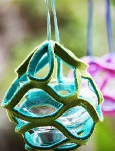http://www.manualidadesgratis.es/bola-decorativa/
