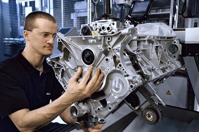 アストンマーチンとAMGが技術提携。次世代モデルはAMGと共同開発へ