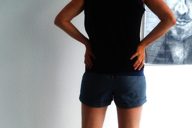 Juba shorts (pattern Imagine Gnats) sewn by huisje boompje boefjes