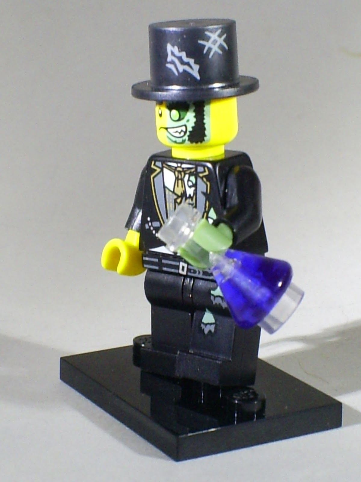 Series 9 NEW Minifig Dr Jekyll Collectable Minifigure LEGO Mr Good /& Evil