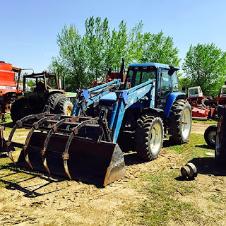 EQ-24286 New Holland 8160