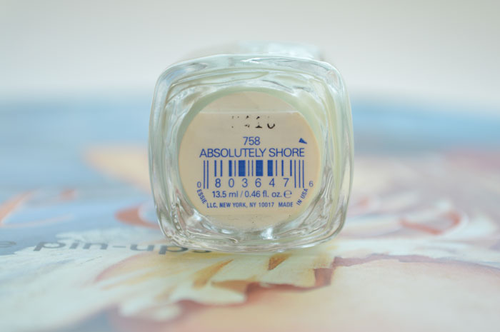 Essie Absolutely Shore Nail Polish review