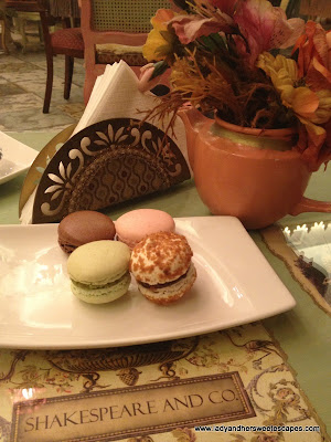 Shakespeare and Co macaroons