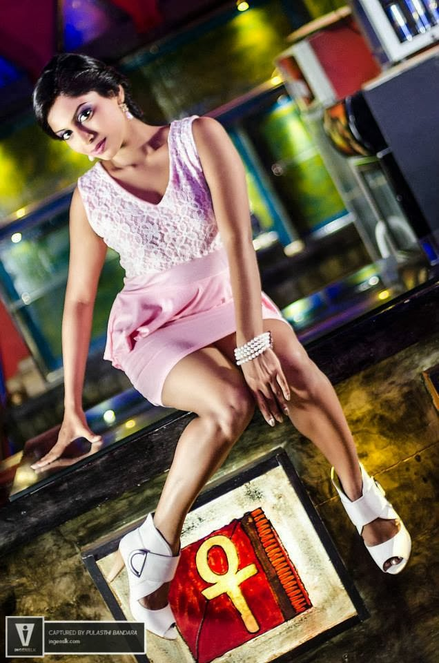 Shehani Wijethunge hot pink