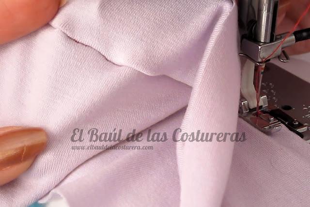 Coser telas elásticas con el prensatelas para bordes sobrehilados falso overlock costura derecho prenda