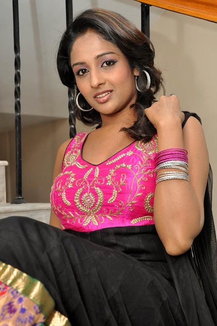 South Indian Actress Amitha Rao Latest Hot Photos Stills