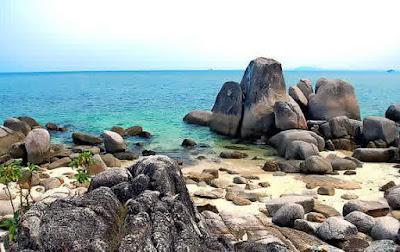 Wisata Pantai Penyusuk