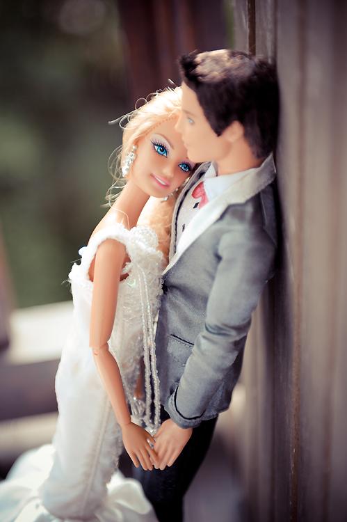 eco glamazine barbie and ken get married. Black Bedroom Furniture Sets. Home Design Ideas