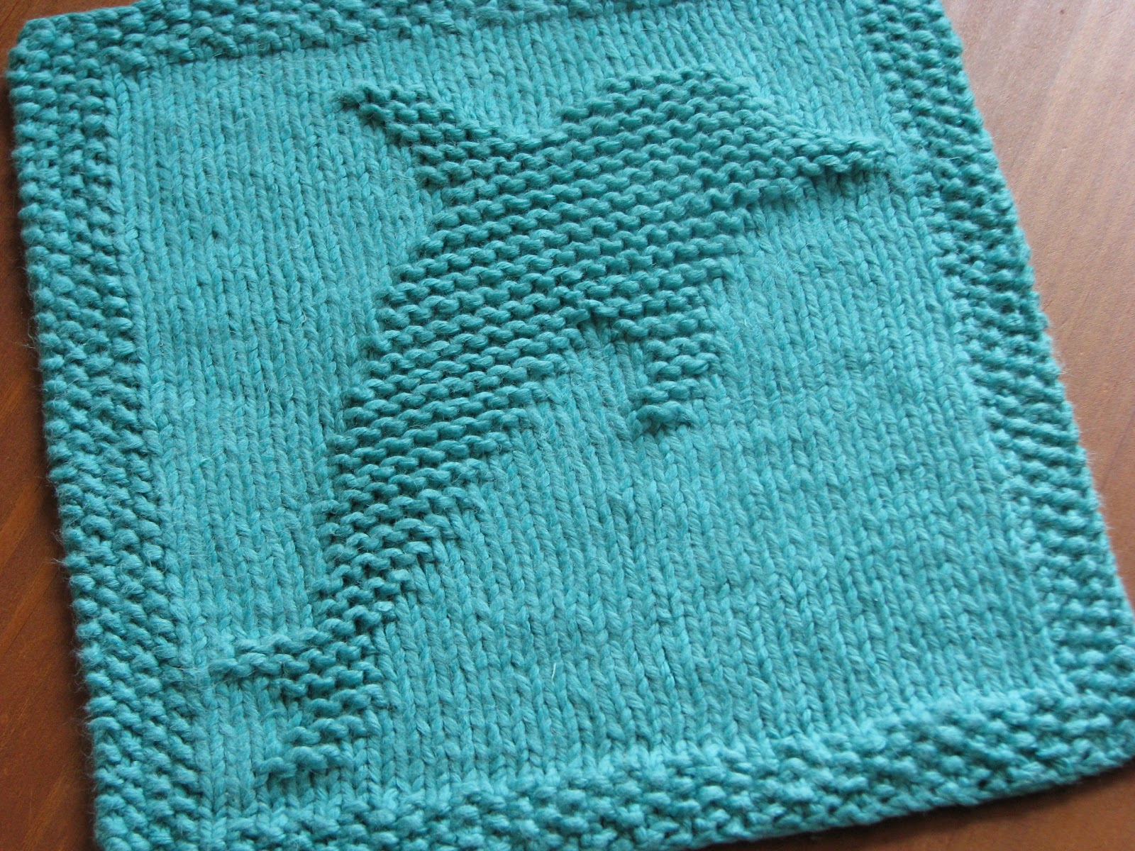 Free Knitting Patterns Dishcloths Alphabet : One Crafty Mama: Dolphin Dishcloth