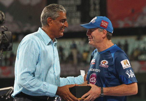 MI-John-Wright-CSK-vs-MI-IPL-Final-2013