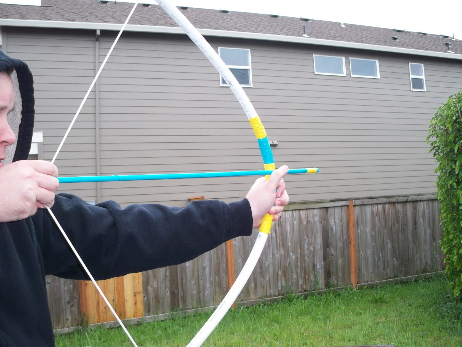 Ambering along pvc bow and arrow set for Kids pvc bow