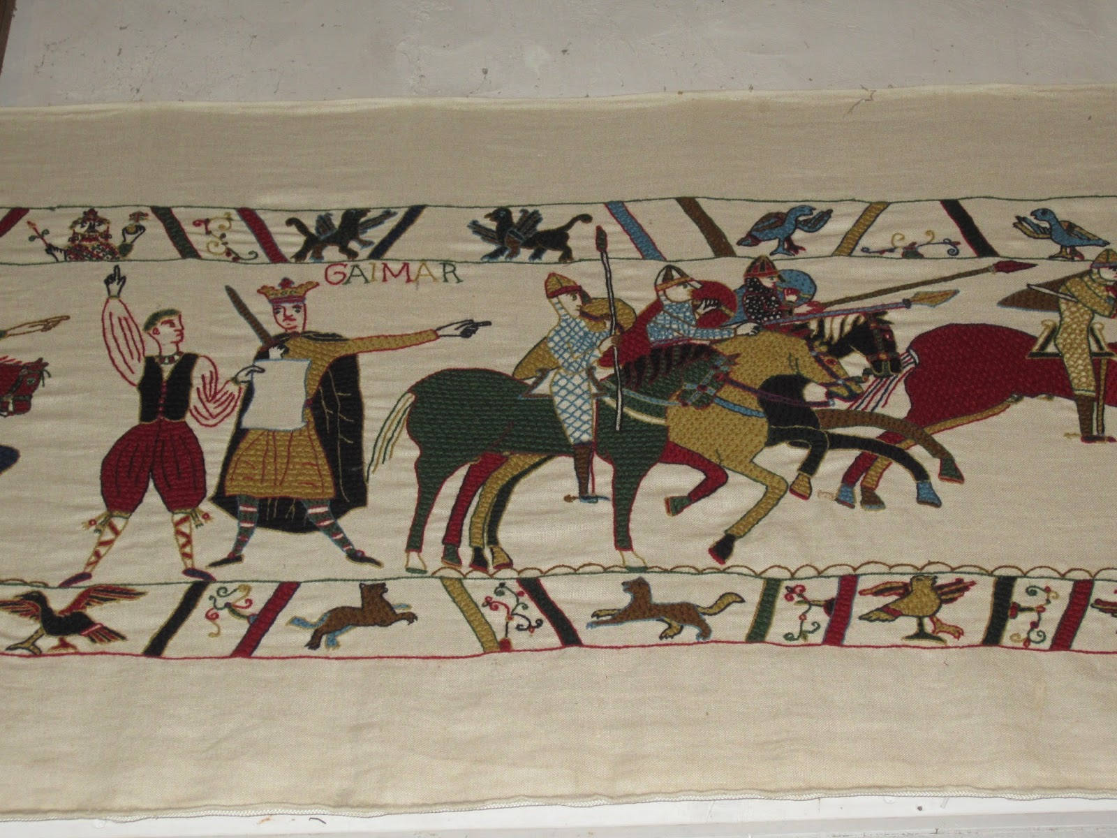 bayeux tapestry experience essay The bayeux tapestry and the mayan wall painting at bonampak depict violence in its art work the bayeux tapestry was created in 1070 and was commissioned.