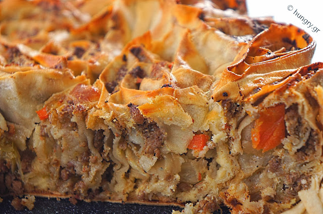Minced Meat and Cabbage Pie