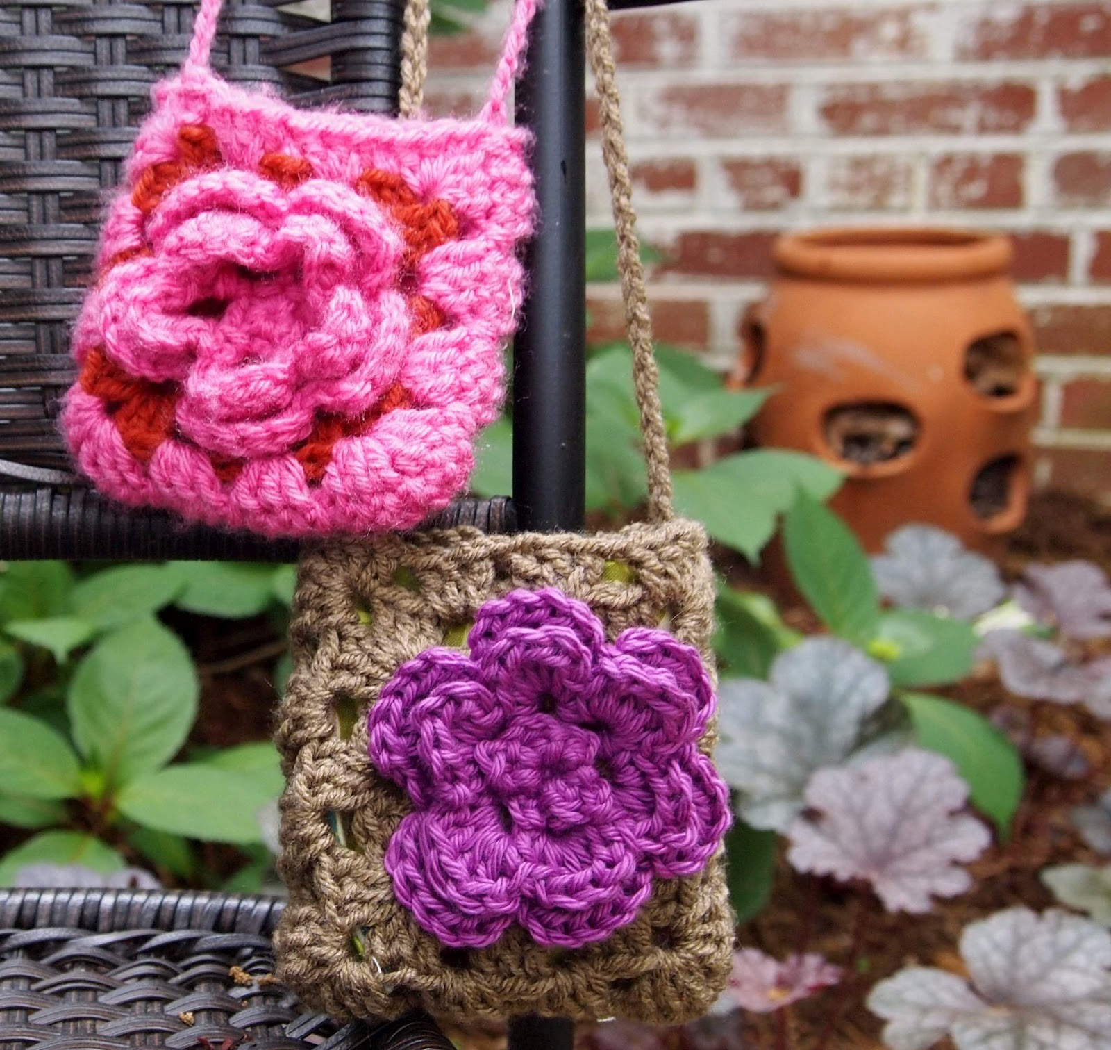 Crochet Little Bag : Actually, I made this little bag with the purple flower over the ...