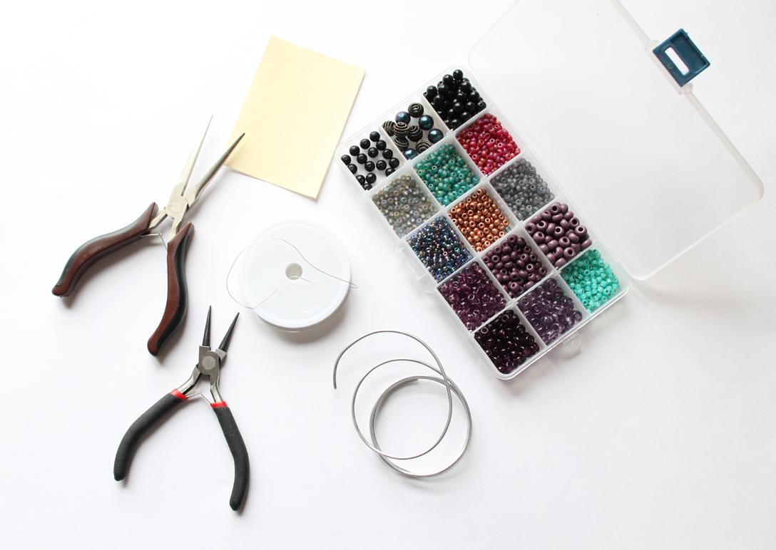 Live it . Love it . Make it.: Make it: Wire Rings