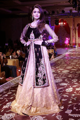 Alia Bhatt walks the ramp for Kavita and Meenu Malik