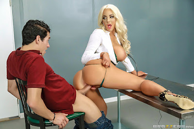 Nicolette Shea – Mind Blowing – Brazzers
