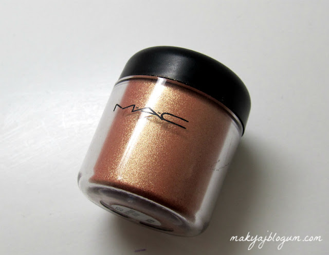 """""""mac"""",""""pigment"""""""