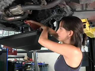 How to change your oil engine oil explained one of the cornerstones of do it yourself car maintenance jobs is the home oil change its a simple process that requires few tools and its a sure way to solutioingenieria Image collections