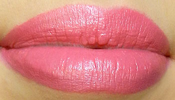 mac chatterbox lipstick swatch