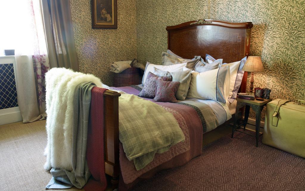 39 lush 39 discovering zara home online. Black Bedroom Furniture Sets. Home Design Ideas